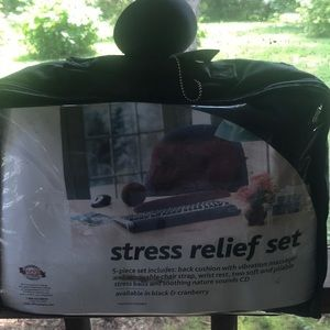 NWT Stress Relief Set For Home or Office 5 Piece